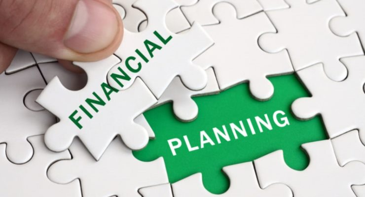 Pelatihan manajemen, analisis aspek keuangan